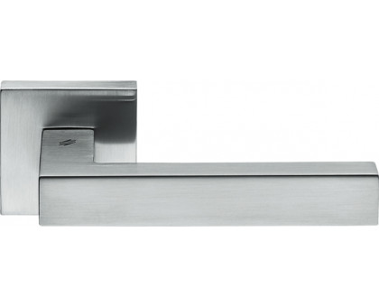 Дверная ручка Colombo Ellesse BD21 RSB на квадратной розетке (матовый хром)