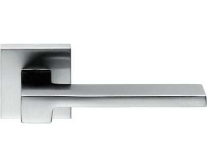 Дверная ручка Colombo Zelda MM11 RSB-CM на квадратной розетке (матовый хром)