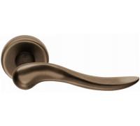 Дверная ручка Colombo Peter ID11 RSB на круглой розетке (античная латунь)