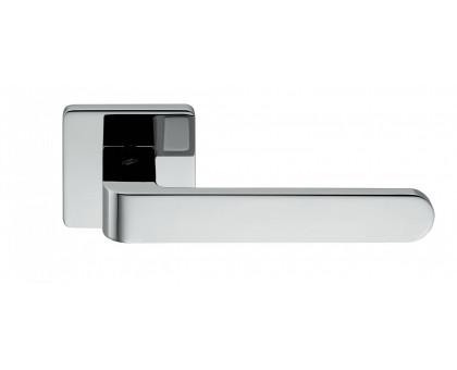 Дверная ручка Colombo Fedra AC11 RSB-CR на квадратной розетке (полированный хром)