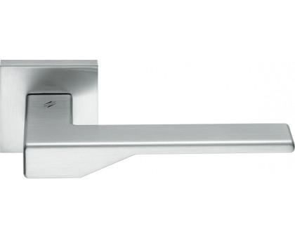 Дверная ручка Colombo Dea FF21 RSB-CM на квадратной розетке (матовый хром)