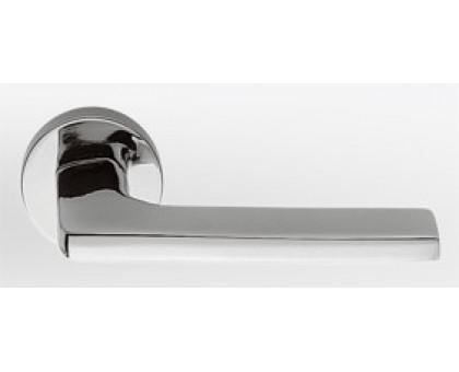 Дверная ручка Colombo Gira JM11 RSB-CR на круглой розетке (полированный хром)
