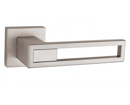 Дверная ручка Tupai Baroco 2737 5S Q никель 142